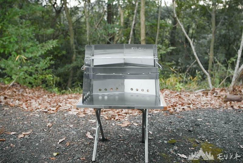 ユニフレーム 薪グリル 焚き火テーブルとの組み合わせ
