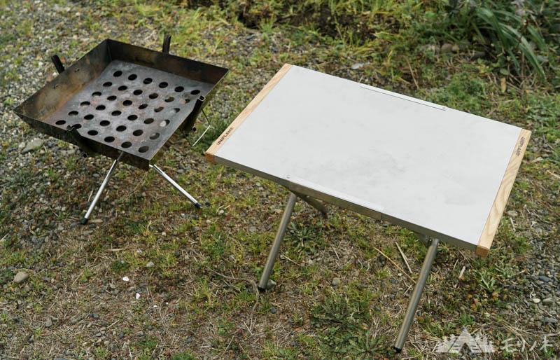 ユニフレーム 焚き火テーブルとファイアグリル